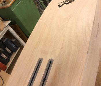 SUP FOILBOARD aus Echtholz zum Wingriden von HolzBrett