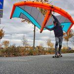 Wingskaten Wing mit Skateboard
