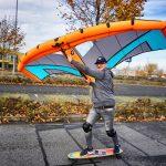 Skateboard mit Wing zum wingskaten
