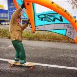 Skateboard und Wing