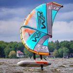 Foilboarding mit aufblasbarem Wingboard